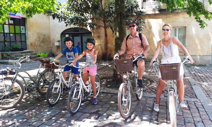 bike-rides-outing-family